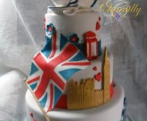 Torta all'inglese con bandiera